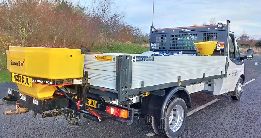 winter-service-gritting